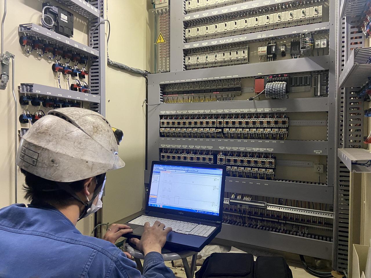 自社工場での生産設備の保全・メンテナンス
